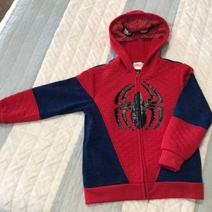 Marvel Spider-Man zip up hoodie.   Size 6.  $10 🕷